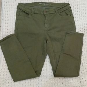 Old Navy green rockstar jeans excellent condition
